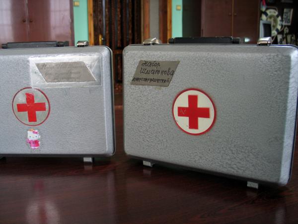 Набор инструментов и фильерное устройство для изготовления, хранения микрокатетеров различных размеров доктора Н. Шматкова
